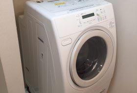 東京都北区で洗濯機排水口のつまりを修理してきました